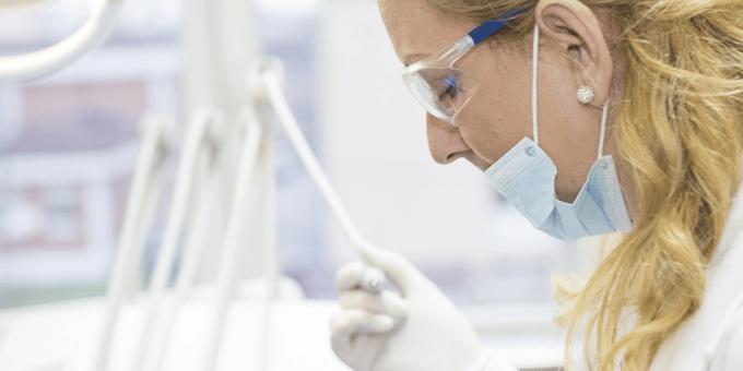 Tandlæge værnemidler mod farlige stoffer